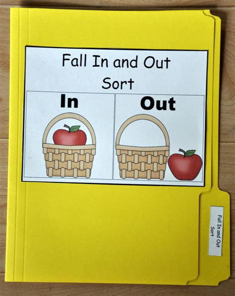 fall concepts file folder in out of the basket 156 | 86065e0ccc4e8bac6bb2824c669d6dd0