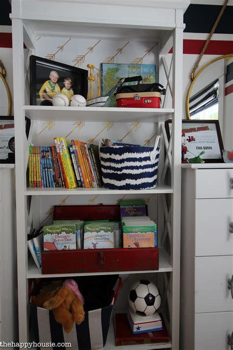 How To Organize Bedroom by How To Completely Organize Kid S Bedrooms The Happy Housie