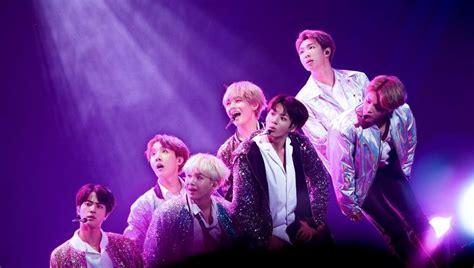 jungkook on purple aesthetic bts concert