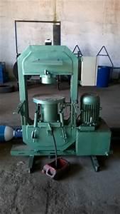 Dosage Ciment Pour Moulage : art moule machine de presse pour carreaux de ciment ~ Melissatoandfro.com Idées de Décoration