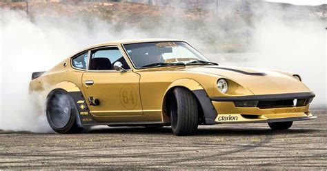 15 Stunning Photos Of Nissan Z Cars We're Obsessed With