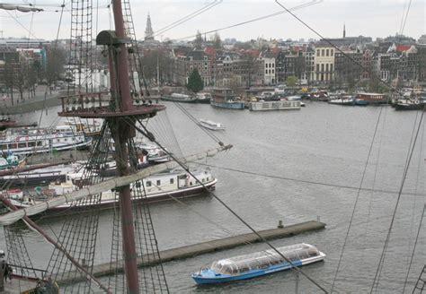 dans le port d amsterdam tab dans le port d amsterdam kairos peniche