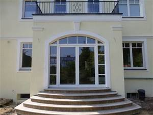 Terrassentür Mit Sprossen : terrassent r aus holz mit stichbogen holzfenster galerie ~ Lizthompson.info Haus und Dekorationen