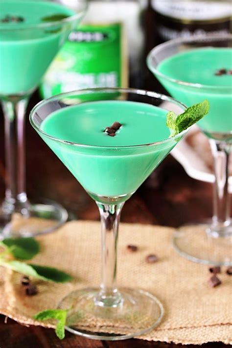 grasshopper cocktail  kitchen   playground