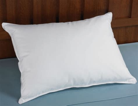 pillow that stays cool the cooling pillow stays cool on both sides