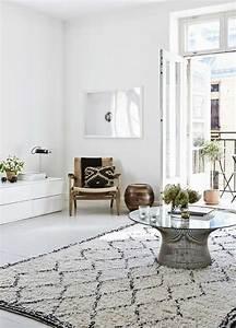 Tapis Style Scandinave : 55 id es pour un salon d co scandinave authentique d couvrir ~ Teatrodelosmanantiales.com Idées de Décoration