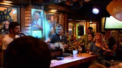 live irish music at oliver st gogarty s dublin pub youtube