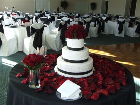 25+ Best Ideas About Black Red Wedding On Pinterest