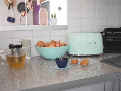 accessoires deco cuisine cuisine verte mur meubles électroménager déco