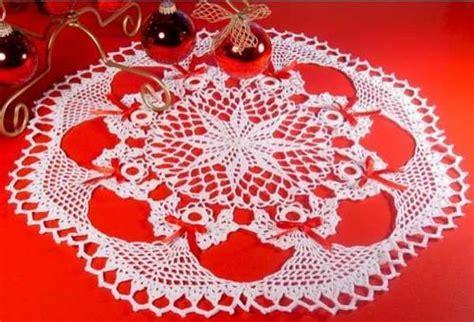 Poinsettia Angel Doily Crochet Pattern ? Maggie's Crochet