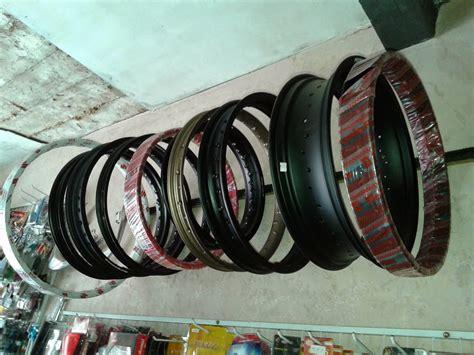 venoms aksesoris motor velg allumunium ring 17 ring 18