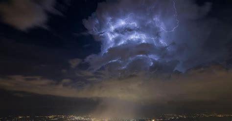 cern  immense nuage declairs au dessus de geneve