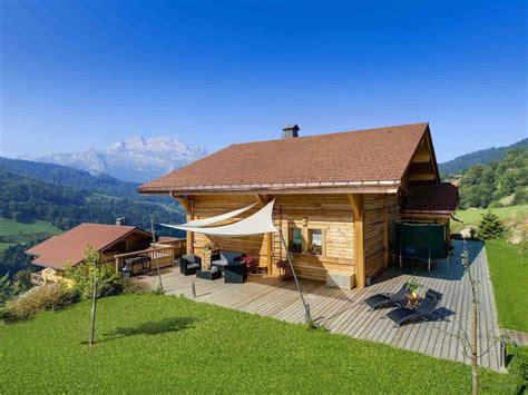 maison 224 vendre en rhone alpes haute savoie manigod manigod somptueux chalet de luxe 224