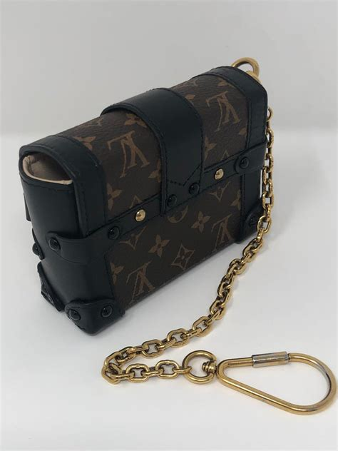 louis vuitton monogram essential trunk black  stdibs