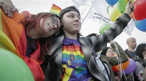 A New Russian Law Could Ban Trans People From Officially