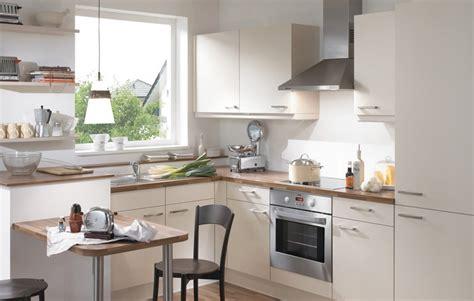 prix refaire cuisine cuisines pas chres en bois massif armoires de cuisine