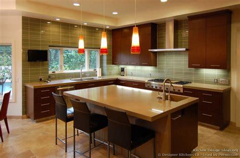kitchen backsplash cherry cabinets kitchen backsplash cherry cabinets black counter kitchen cabinets modern