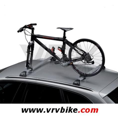 porte velo sur barre de toit elite porte velo porte san remo new pour barre de toit noir ref 0097001 vrvbike