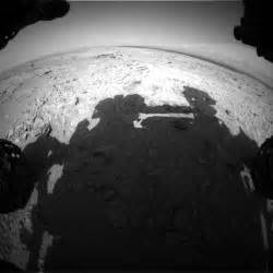 Mars Rover Photo Shows 'Human Shadow,' Or Maybe It Doesn't ...