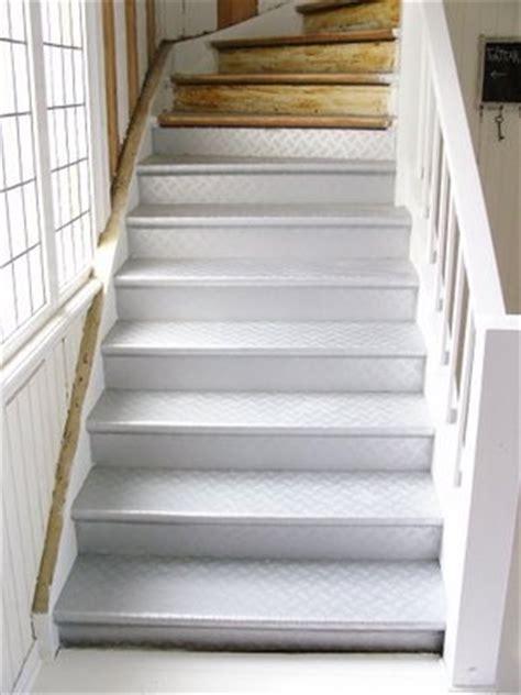 linoleum flooring on stairs stairs with linoleum diy gt gt gt gt pinterest