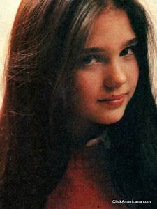 Meet a very young Jennifer Connelly (1982) - Click Americana