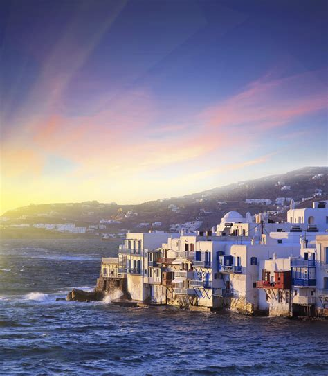 Experiences You Need To Have While Visiting Mykonos