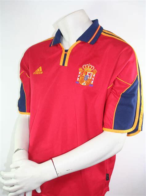 In spanien wird die bevorzugte behandlung teils kritisch gesehen. Spanien Trikot Nationalmannschaft EM 2000 Euro Größe XL ...