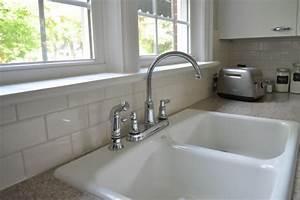 Weiße Granit Spüle : wie sucht man eine tolle k chenr ckwand f r wow effekt aus ~ Michelbontemps.com Haus und Dekorationen