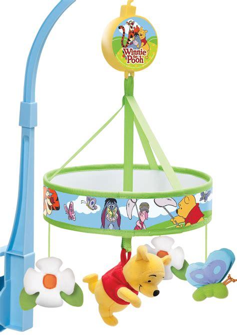 winnie pooh bett tomy winnie pooh jagen schmetterlinge musik bett mobile geschenk baby neu ebay