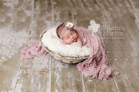 pin  kelly hubbard  baby posing newborn photography