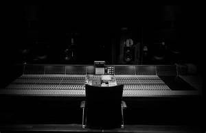 home_records_slide2_bg – Kendrick Automotives