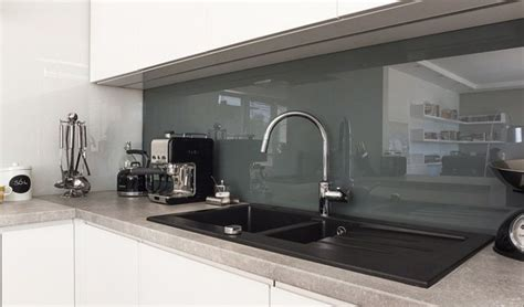 cuisine verre faience pour credence cuisine carrelage salle de bain