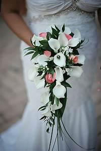 Bouquet De Mariage : 10 bouquets en cascade qui vont vous faire chavirer ~ Preciouscoupons.com Idées de Décoration