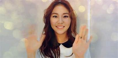 Smiling Kpop Waving Kim Japanese Gifs Woman
