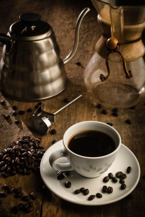 Drinking black coffee can be a pretty daunting task for some of us. Fresh coffee: Why not create the experience at home?