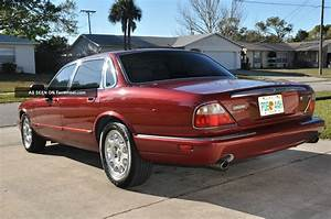 2000 Jaguar Xj8 Base Sedan 4