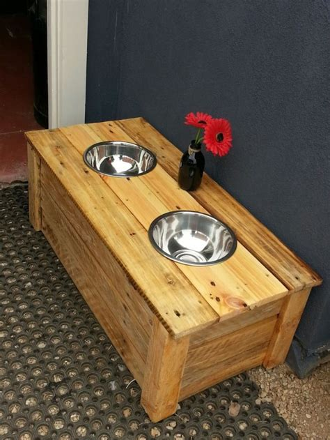 table food for dogs top 23 new awesome diy pallet projects
