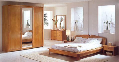 chambre en bois massif chambre bois massif lit bois massif chambre coucher lit