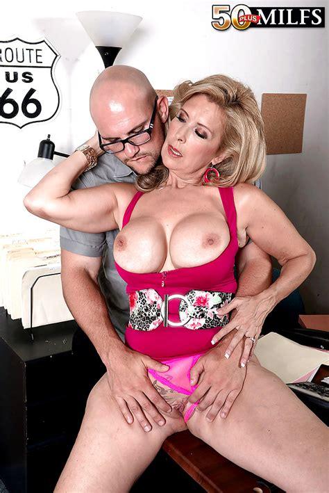 50plusmilfs laura layne girlsxxx blowjob plumper free pornpics sexphotos xxximages hd gallery
