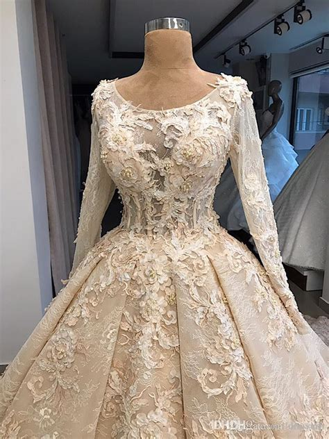 discount vintage lace ball gown wedding dresses jewel neck