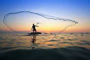 To Catch Uhu, Be an A'ama: Traditional Hawaiian Fishing ...