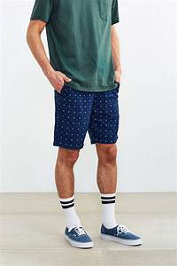 The Everything Guide To Wearing Shorts And Socks For Men | HuffPost