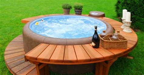comment choisir un spa exterieur le ext 233 rieur le bien 234 tre au jardin ou sur la terrasse