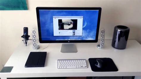 macbook pro desk setup mac pro 2013 desk setup just a test youtube