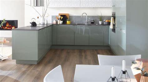 creer cuisine aménagemer une cuisine ouverte en longueur pas cher