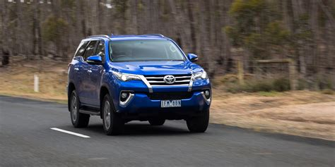 ford everest trend  toyota fortuner crusade comparison