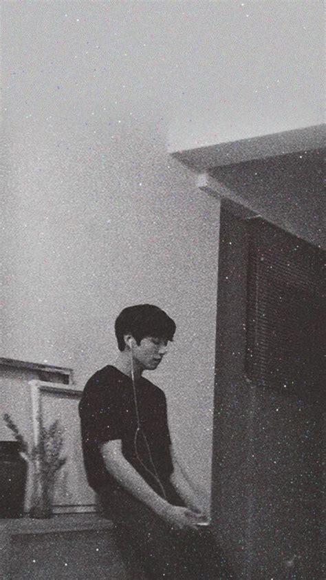 paling keren 10 wallpaper bts hitam putih
