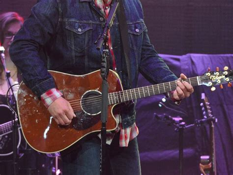 blake shelton guitar guess the guitar match rodeo superstars and their musical