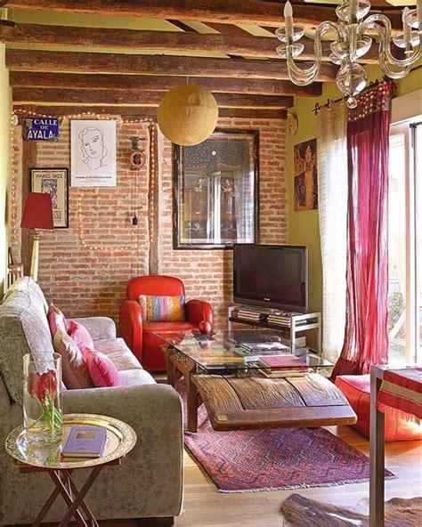 small bohemian feminine apartment  paris decoholic