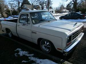 1985 Dodge Ram 1500 Pickup Truck Short Wide Box Slant Six